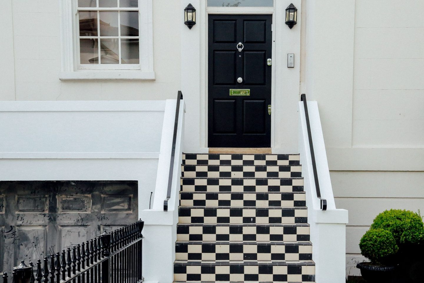 ideas for giving your homes exterior a facelift